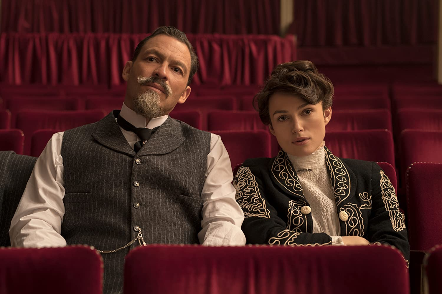 Keira Knightley and Dominic West in Colette (2018)