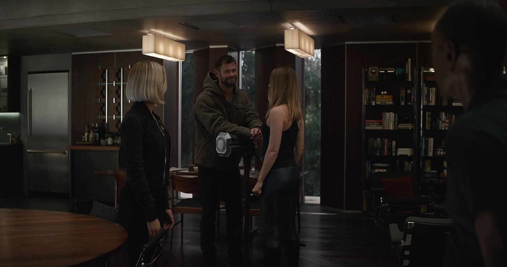 Thor, Captain Marvel, Natasha Romanoff, Avengers: Endgame.