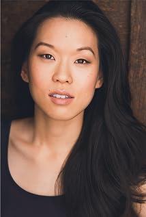 Jeena Yi Picture