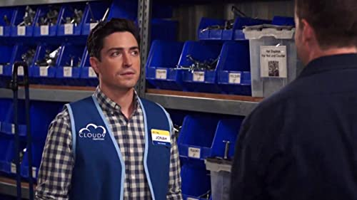 Superstore: Marcus Wants To Bro Down With Jonah