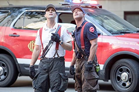 Chicago Fire 8×03 – Un tiro real en el brazo