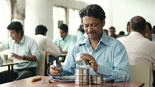 A mistaken delivery in Mumbai's famously efficient lunchbox delivery system connects a young housewife to an old man in the dusk of his life as they build a fantasy world together through notes in the lunchbox. Gradually, this fantasy threatens to overwhelm their reality.