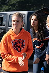 Marina Squerciati, Tracy Spiridakos, LaRoyce Hawkins, and Kara Killmer in Infection, Part I (2019)