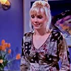 Anna Faris in Friends (1994)