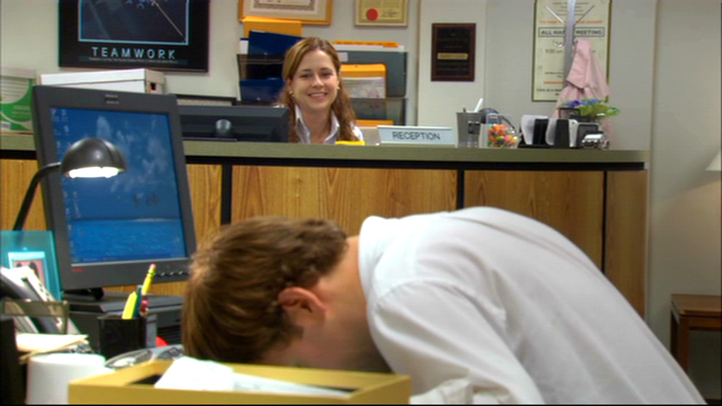 Jenna Fischer and John Krasinski in The Office (2005)