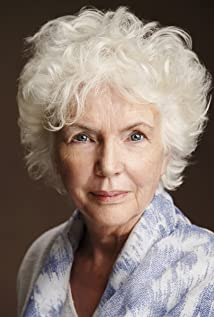 Fionnula Flanagan Picture