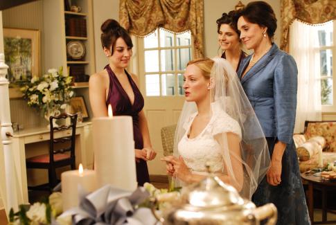 Uma Thurman and Lindsay Sloane in The Accidental Husband (2008)