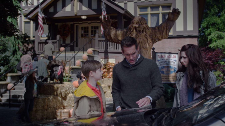 Jay Harrington, Genevieve Buechner, and Graham Verchere in Jim Henson's Turkey Hollow (2015)