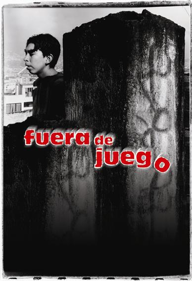 Manolo Santillán in Fuera de juego (2002)