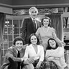 Valerie Harper, Julie Kavner, Harold Gould, David Groh, and Nancy Walker in Rhoda (1974)