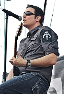 Benjamin Burnley Picture