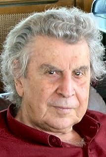 Mikis Theodorakis Picture