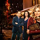 Andie MacDowell, Neil Crone, Eliza Taylor, and Jake Lacy in Christmas Inheritance (2017)