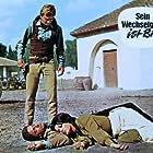 Bruna Beani and Peter Lee Lawrence in I giorni della violenza (1967)