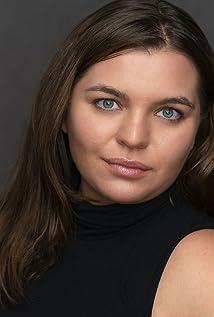 Victoria Pousada Kreindler Picture