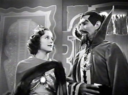 Charles Middleton and Beatrice Roberts in Flash Gordon's Trip to Mars (1938)
