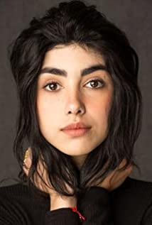 Alexa Mansour Picture