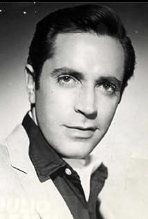 Julio Alemán Picture