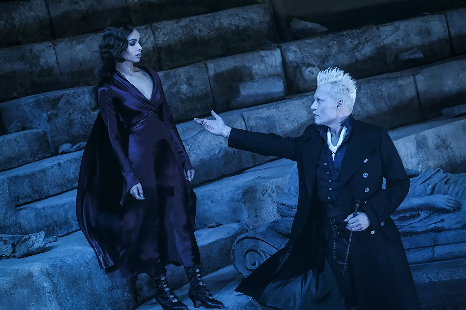 Johnny Depp and Zoë Kravitz in Fantastic Beasts: The Crimes of Grindelwald (2018)