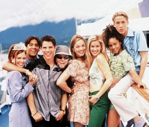 Scott Vickaryous, Kyle Alisharan, Terri Conn, Ryan Gosling, Wendi Kenya, Tyler Labine, Persia White, and Rachel Wilson in Breaker High (1997)