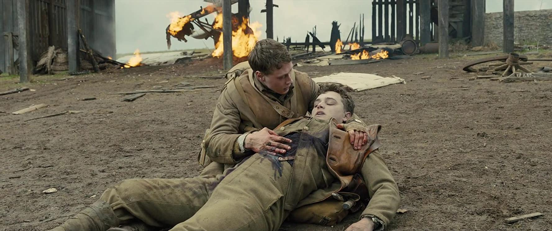 George MacKay and Dean-Charles Chapman in 1917 (2019)