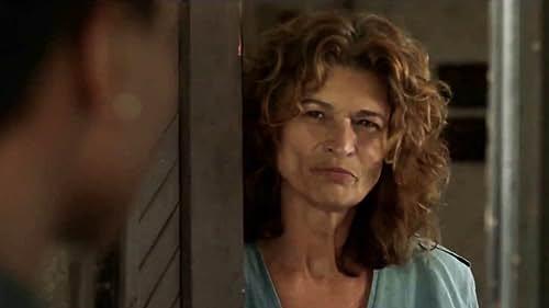 Treadstone: Tara Shows Up At Petra's Door