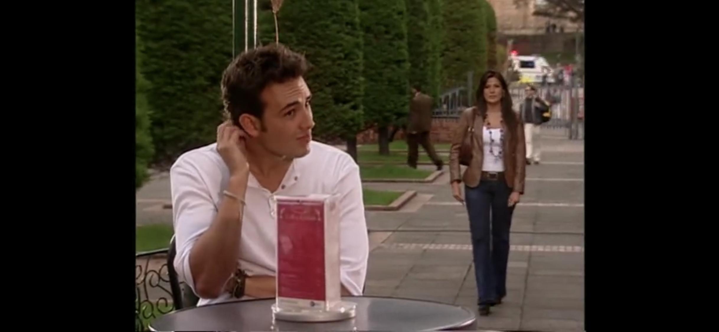 Kathy Sáenz and Sebastian Martínez in Juegos prohibidos (2005)
