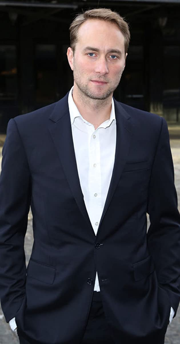 Oliver Chris - IMDb