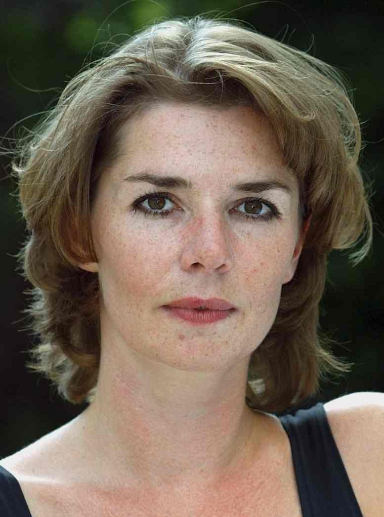 Alison Whyte Sex tube Vera Frances,Ricci Harnett (born 1973)