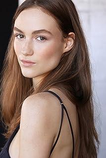 Madison Lintz Picture