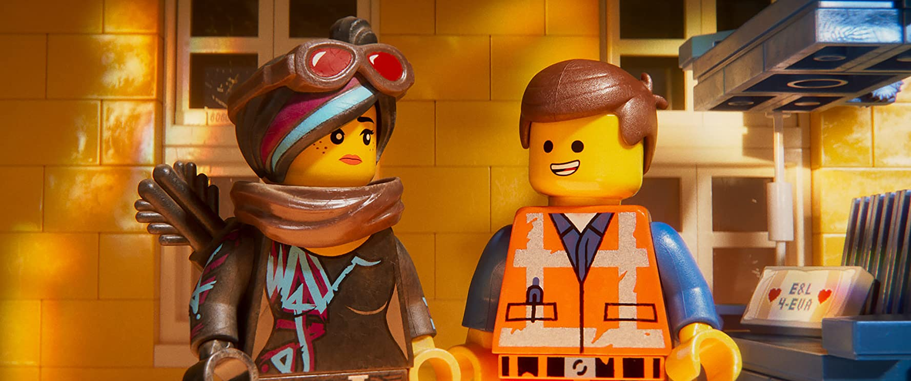 Elizabeth Banks and Chris Pratt in The Lego Movie 2: The Second Part (2019)
