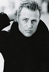 Primary photo for Louis Mandylor