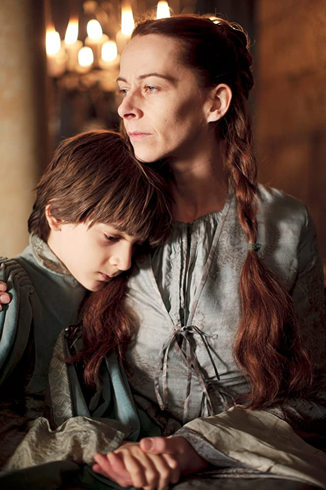 Kate Dickie and Lino Facioli in Game of Thrones (2011)