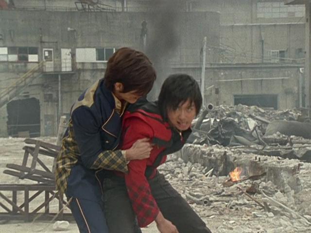 Yosuke Ichikawa and Atsushi Hashimoto in Mahou sentai Magirenjâ (2005)