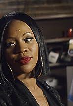 Mafietta: Rise of a Female Boss