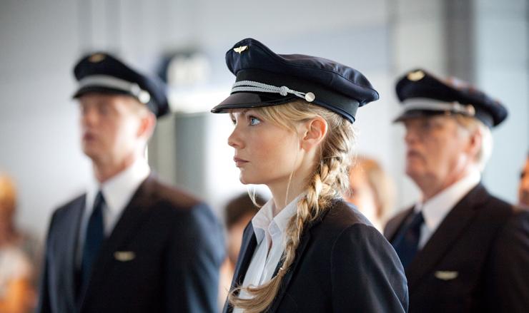Marie Robertson in Cockpit (2012)