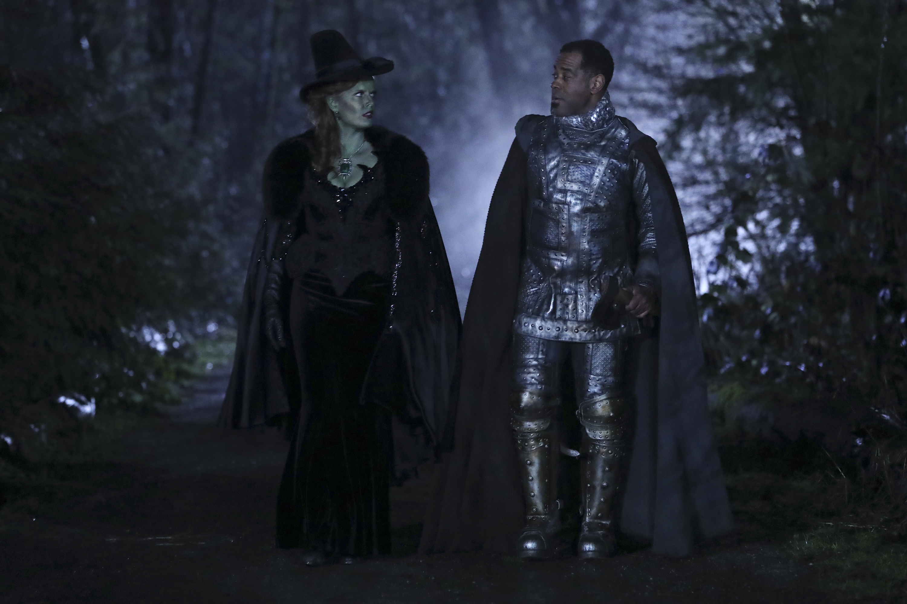 Alex Désert and Rebecca Mader in Once Upon a Time (2011)
