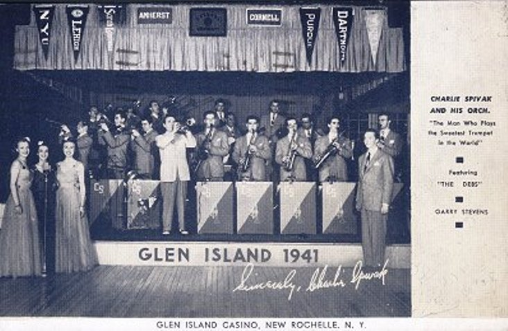 Charlie Spivak and His Orchestra in Pin Up Girl (1944)