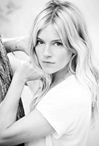Primary photo for Sienna Miller