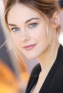 Abigail Klein Picture