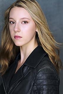Piper Madison Picture