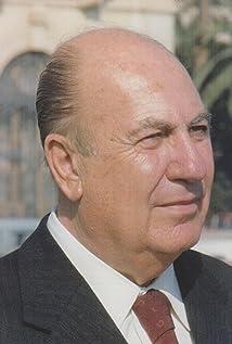 Rafael Gil Picture
