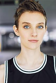 Aubrey Peeples Picture