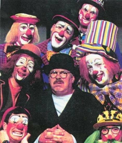 Warren Clarke, Jojo, Zizi, Zak, Tricky Nicky, Leo Piper, and Spangles in Moving Story (1994)