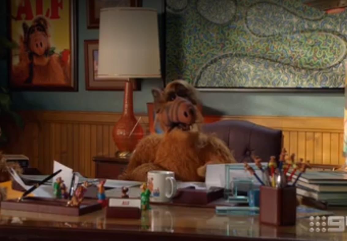 Joven Sheldon 1×11 – Una raza de superhumanos y una carta a Alf