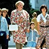 Robin Williams, Sally Field, Lisa Jakub, Matthew Lawrence, etc.