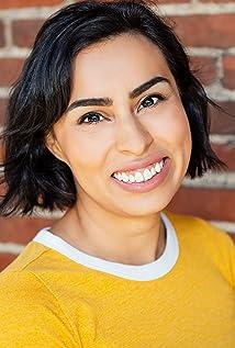 Geena Santiago Picture
