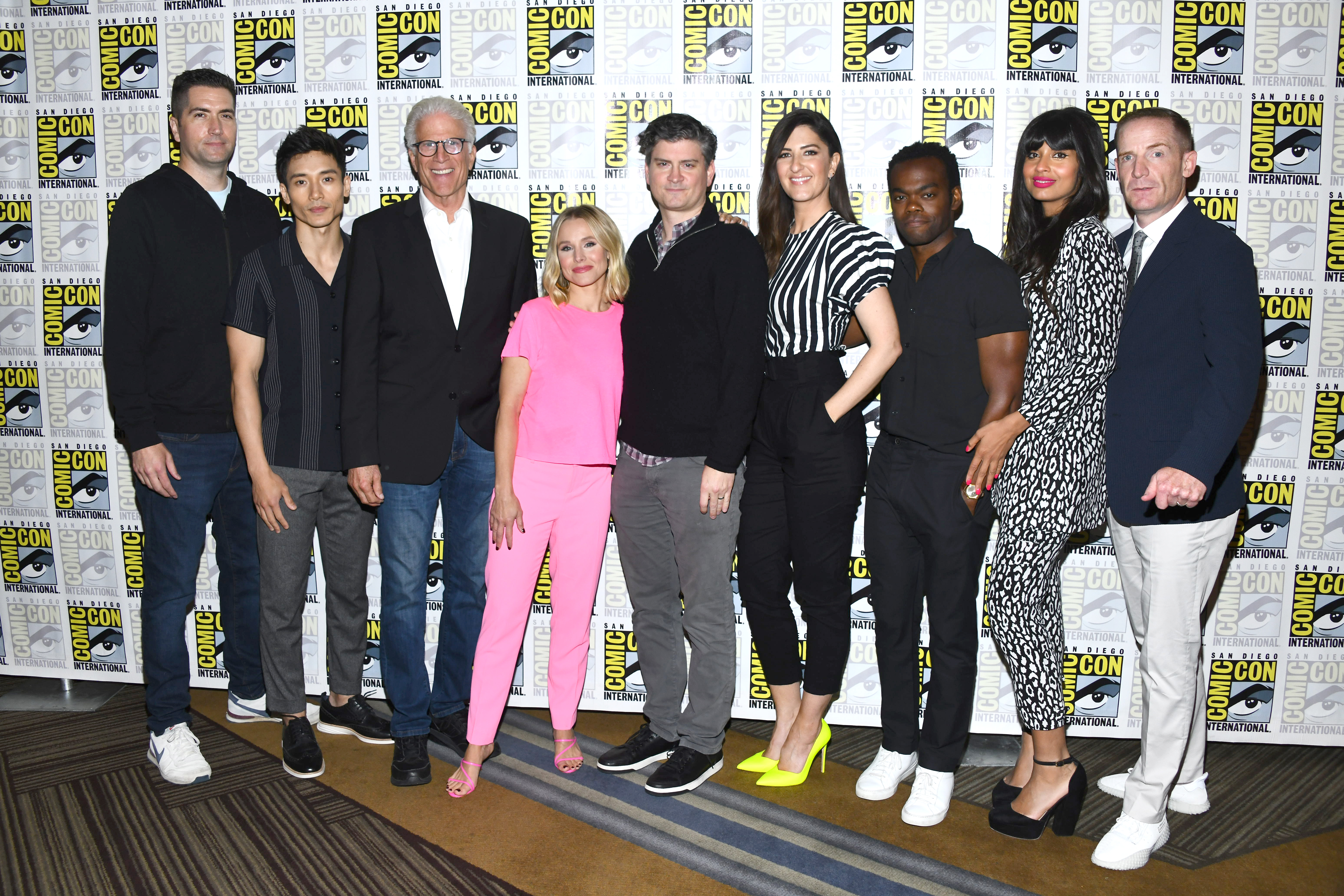 Ted Danson, Kristen Bell, Drew Goddard, Michael Schur, Marc Evan Jackson, William Jackson Harper, Manny Jacinto, Jameela Jamil, and D'Arcy Carden at an event for The Good Place (2016)