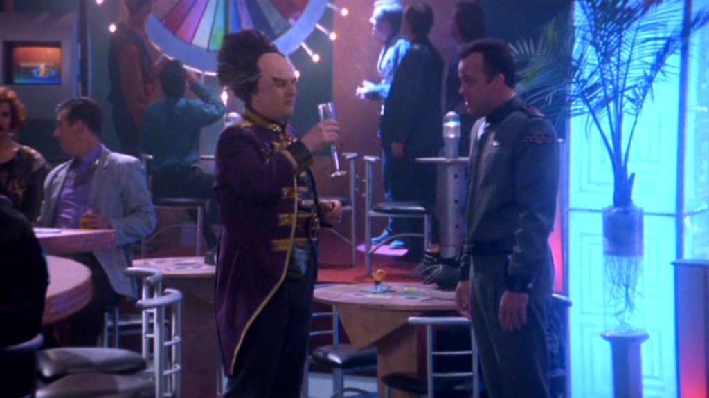 Jerry Doyle and Peter Jurasik in Babylon 5 1994