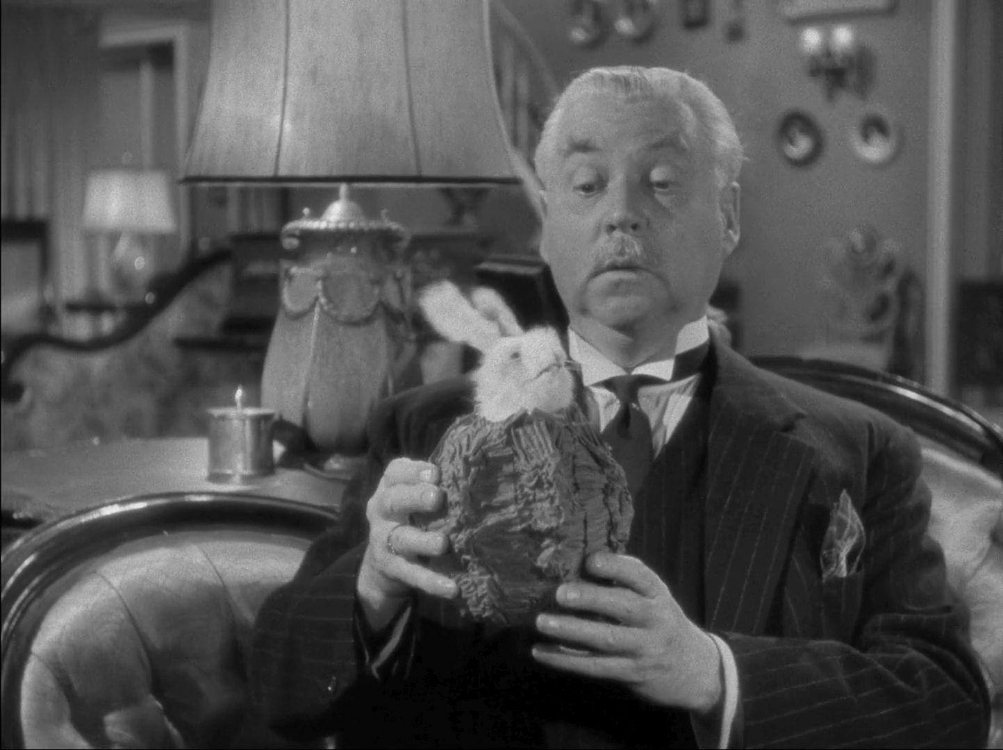 Nigel Bruce in Dressed to Kill (1946)